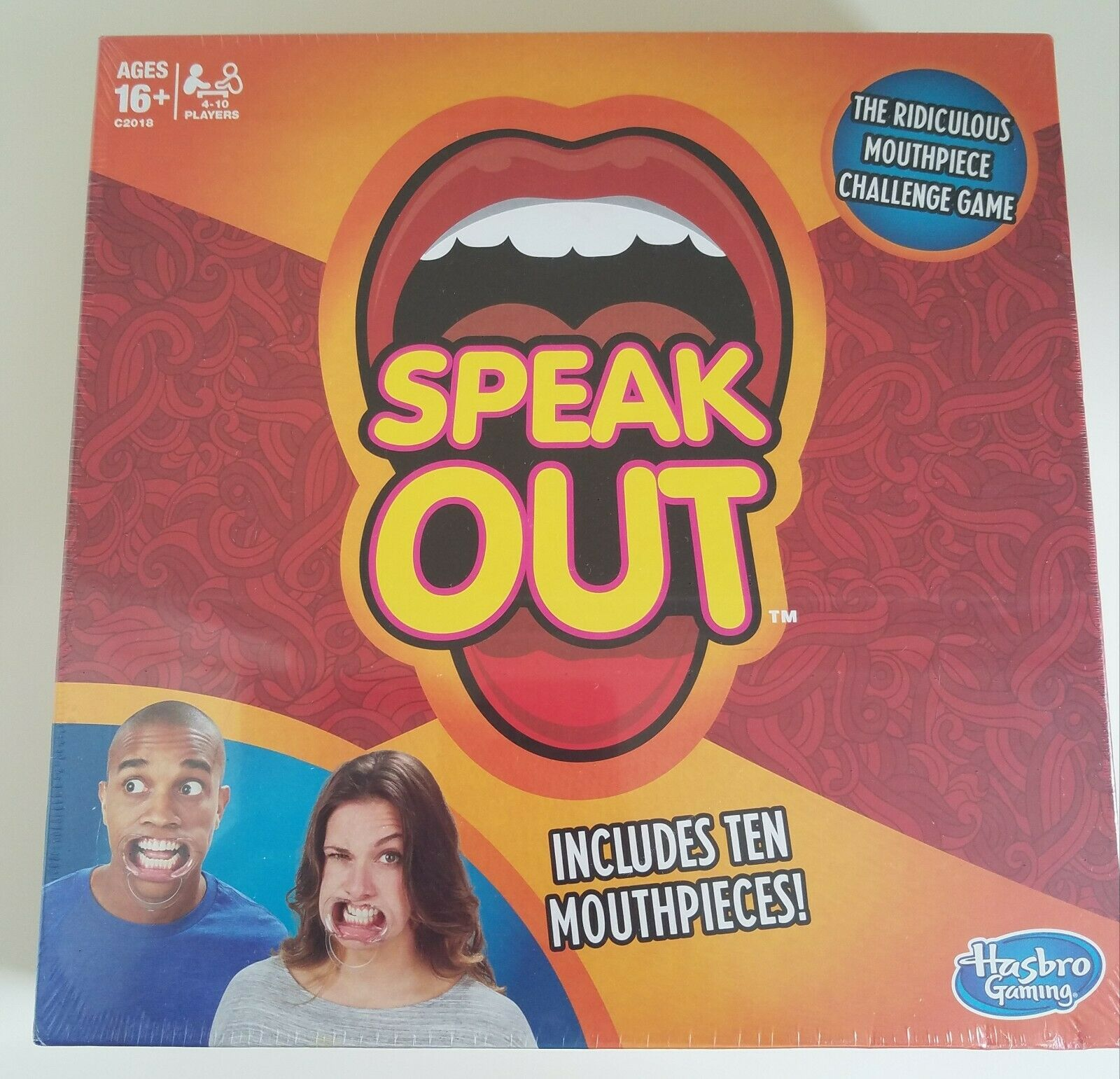 Speak Out Game Hasbro C2018079 with 10 Mouthpieces