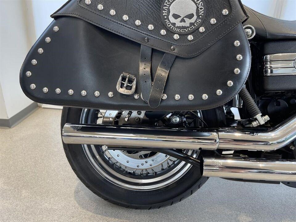 Harley-Davidson, FXDB Dyna Street Bob, ccm 1585