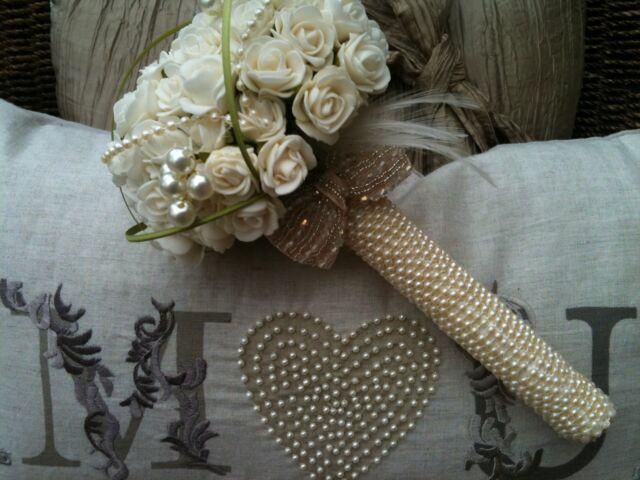 BRIDES POSY VINTAGE BOUQUET IVORY TEA ROSES FEATHERS PEARLS ESSEX WEDDINGS