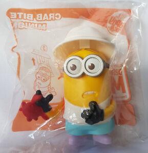 Despicable-Me-3-034-Crab-Bite-Minion-034-Australia-McDonalds-Happy-Meal-Toy-5-Avail