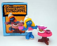 """40245 Schlumpfinchen mit Teeset  """"in alter original Schachtel"""" / tea set smurfet"""