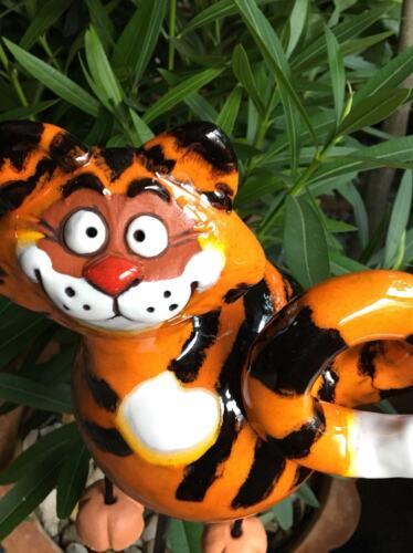 Céramique chat jardin balle à la main Jardin Connecteur Beetstecker Jardin personnage