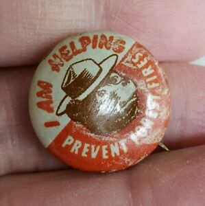 Vintage-Smokey-The-Bear-I-Am-Helping-Prevent-Tin-Pinback-Button-Pin-13-16-034