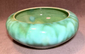 Vintage-BRUSH-MCCOY-Green-Drip-Onyx-Glaze-6-Three-Footed-Low-Bowl-Planter-USA