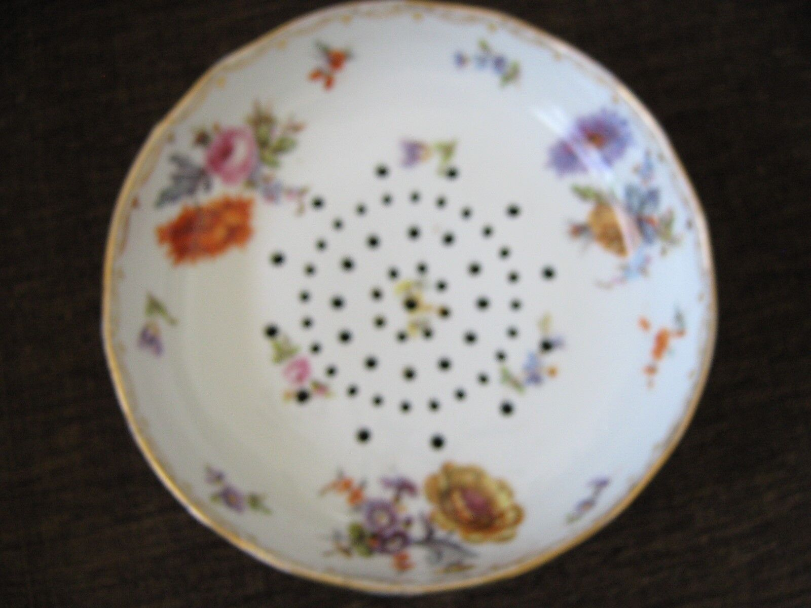 "Colander , Rare , Antique , 3 Fotted , Porcelain , 7"" D"