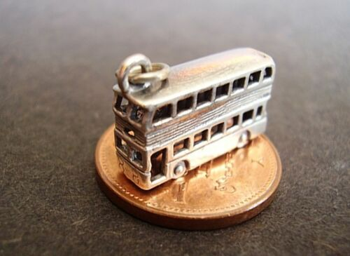 SUPER /' DOUBLE DECKER BUS /' FULLY 3D STERLING SILVER CHARM