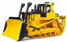 Bruder Toys Caterpillar CAT Large Track-Type Tractor 02453 KIds Play NEW