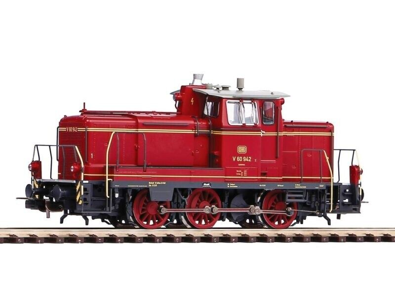 Locomotora diesel 52827 de PIKO BR V60 la DB, versión AC, época III, escala H0