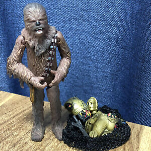 Star-Wars-Saga-Collection-Chewbacca-Cloud-City-Capture-With-c3po-droids-Figure