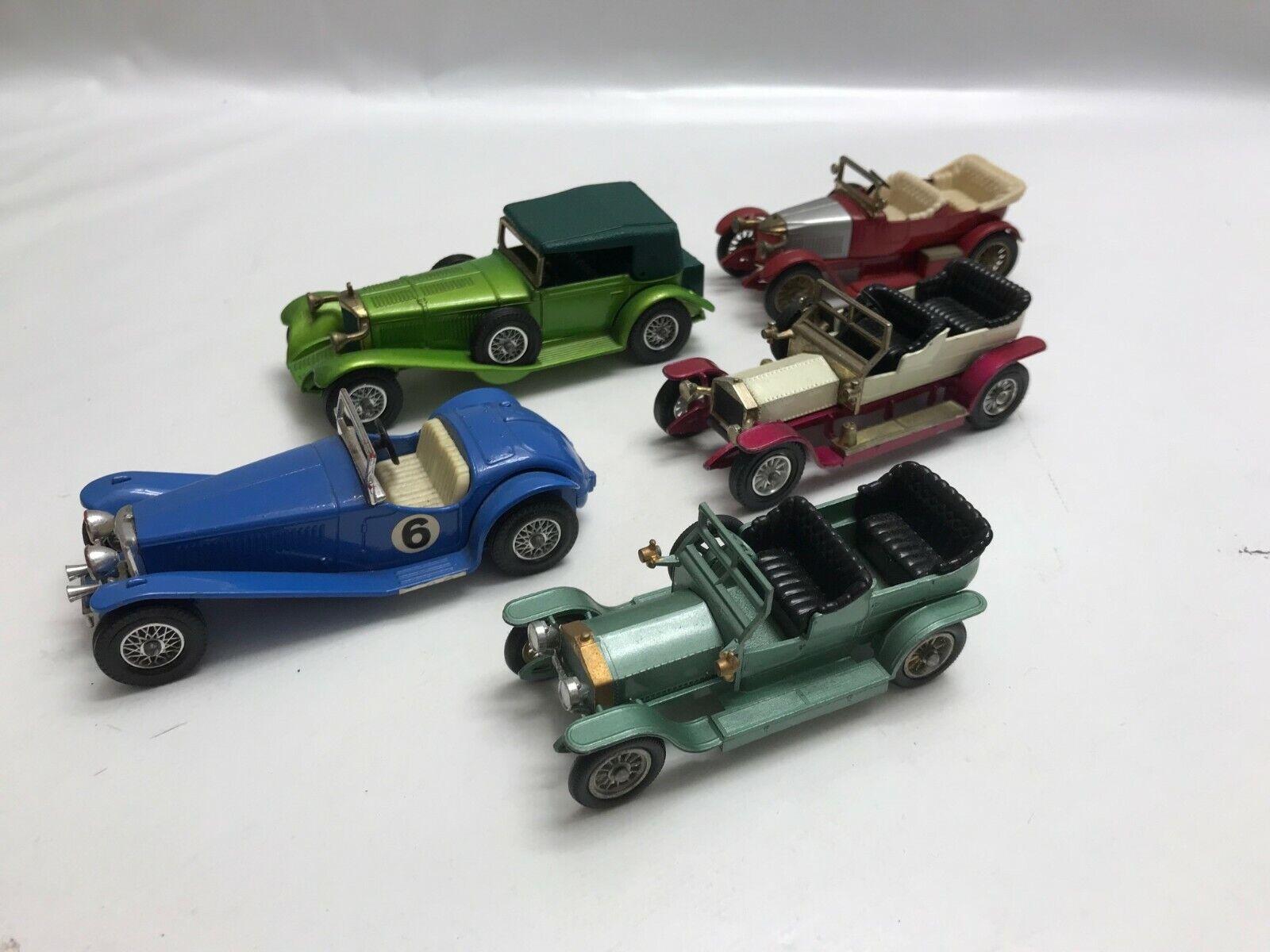 LOT N° 4 d'anciennes petites voitures Matchbox Lesney Etc Models Of Yesteryear