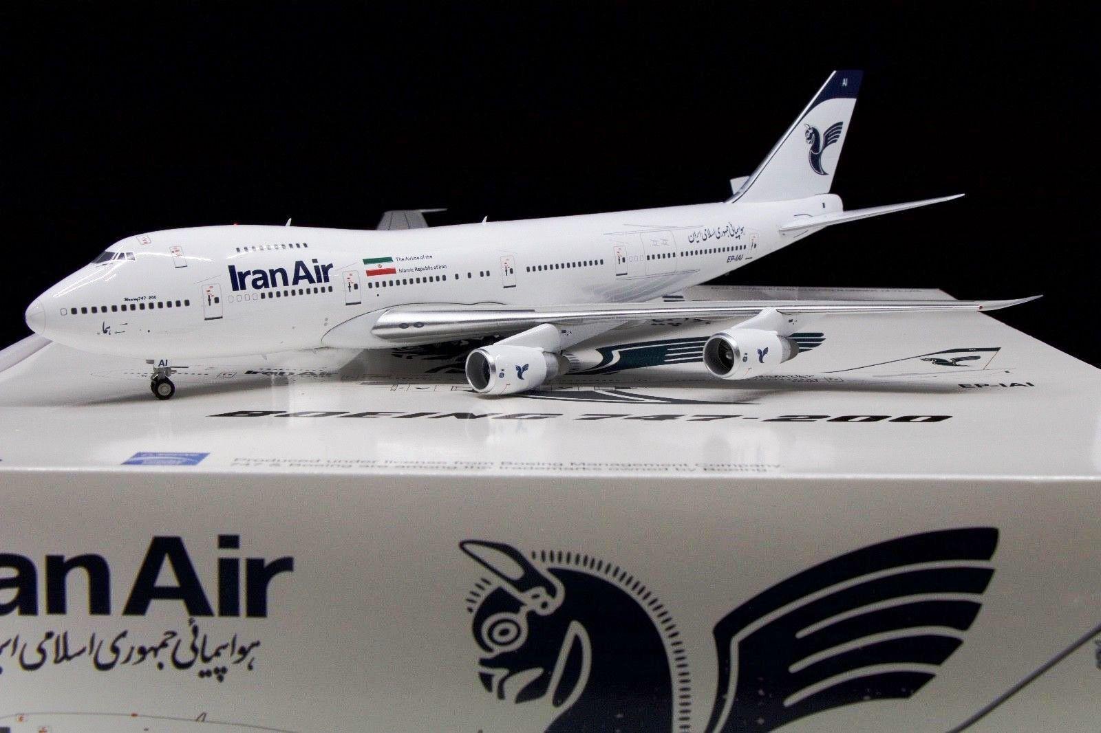 Inflight 200 IF742IR0001 1 200 IRAN AIR BOEING 747-200 EP-IAI avec support