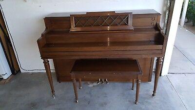 gulbransen piano dating)