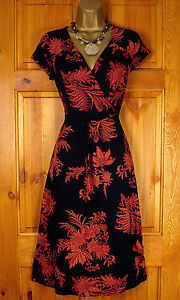 NEW-MONSOON-LADIES-TERRACOTTA-RED-BLACK-FLORAL-VINTAGE-50s-STYLE-PARTY-TEA-DRESS
