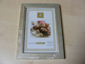 SILVER RIBBED EFFECT 4X6 WOOD / WOODEN PHOTO FRAME - 4x6 / 6x4 INCH on