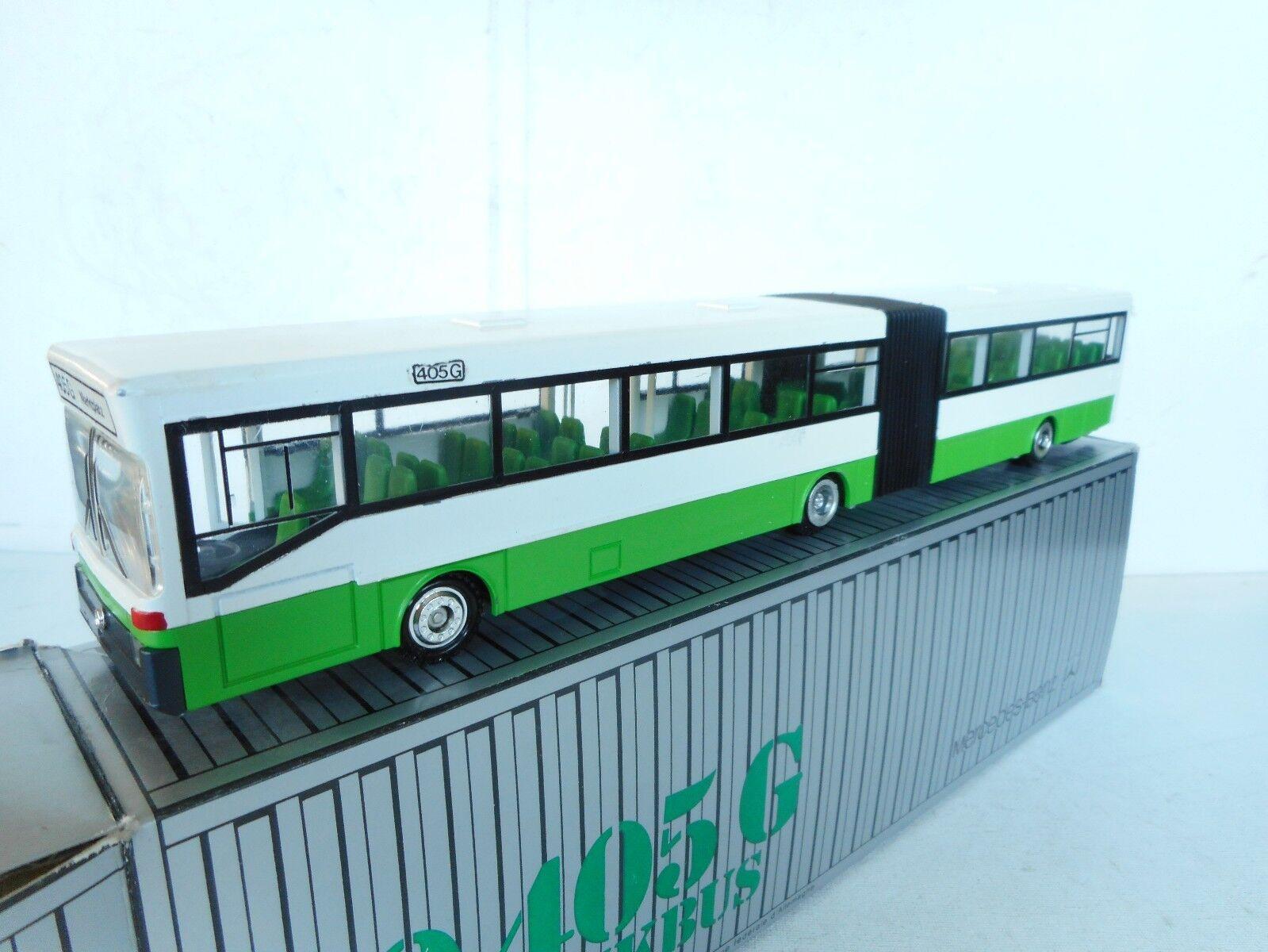 1 50  Conrad  Mercedes Schubgelenkbus-0 405 G Bus Marktplatz verde1 50 N M  Box