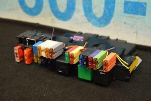 03-08-R230-MERCEDES-SL500-SL550-FRONT-RIGHT-SAM-FUSE-RELAY-BOX-MODULE-2305451532