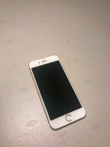 iPhone 6 64 Gb Rose Gold in Great Working Condition