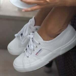 BNWT Superga 2750 Efglu White Leather