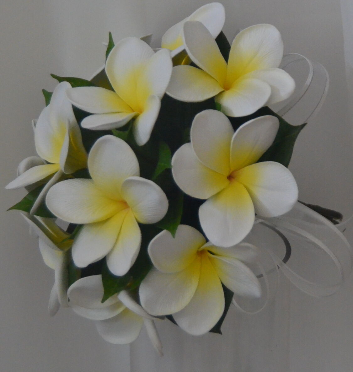 SILK WEDDING BOUQUET LATEX FRANGIPANI blanc jaune FLOWERS POSY FLOWER 12PIECES