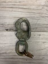 VINTAGE BRONZE MERRIMAN #2 SNAP SHACKLE WITH SWIVEL BAIL APROX 4 3/4