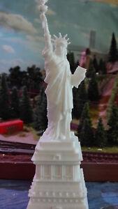 Spur-N-Freiheitsstatue-USA-Statue-of-Liberty-Unique