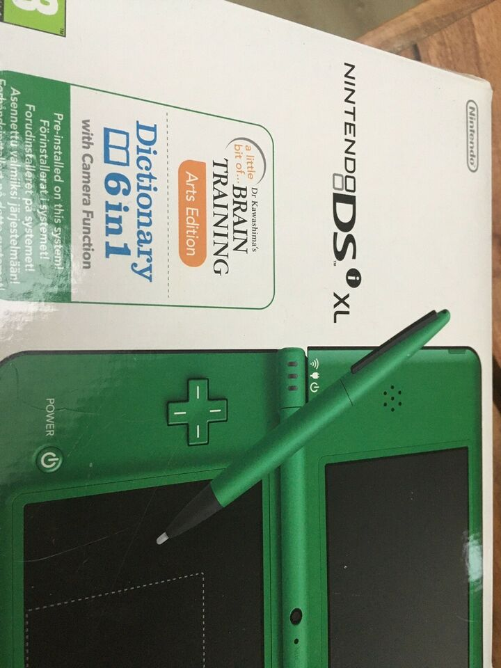 Nintendo DSI XL, God