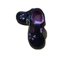 Clarks Baby Girls Black Patent Leather Shoes Size U.K 4 F Excellent Condition