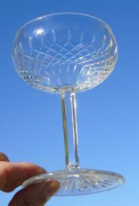 Saint-Louis-Coupe-a-champagne-en-cristal-taille-modele-Vendome