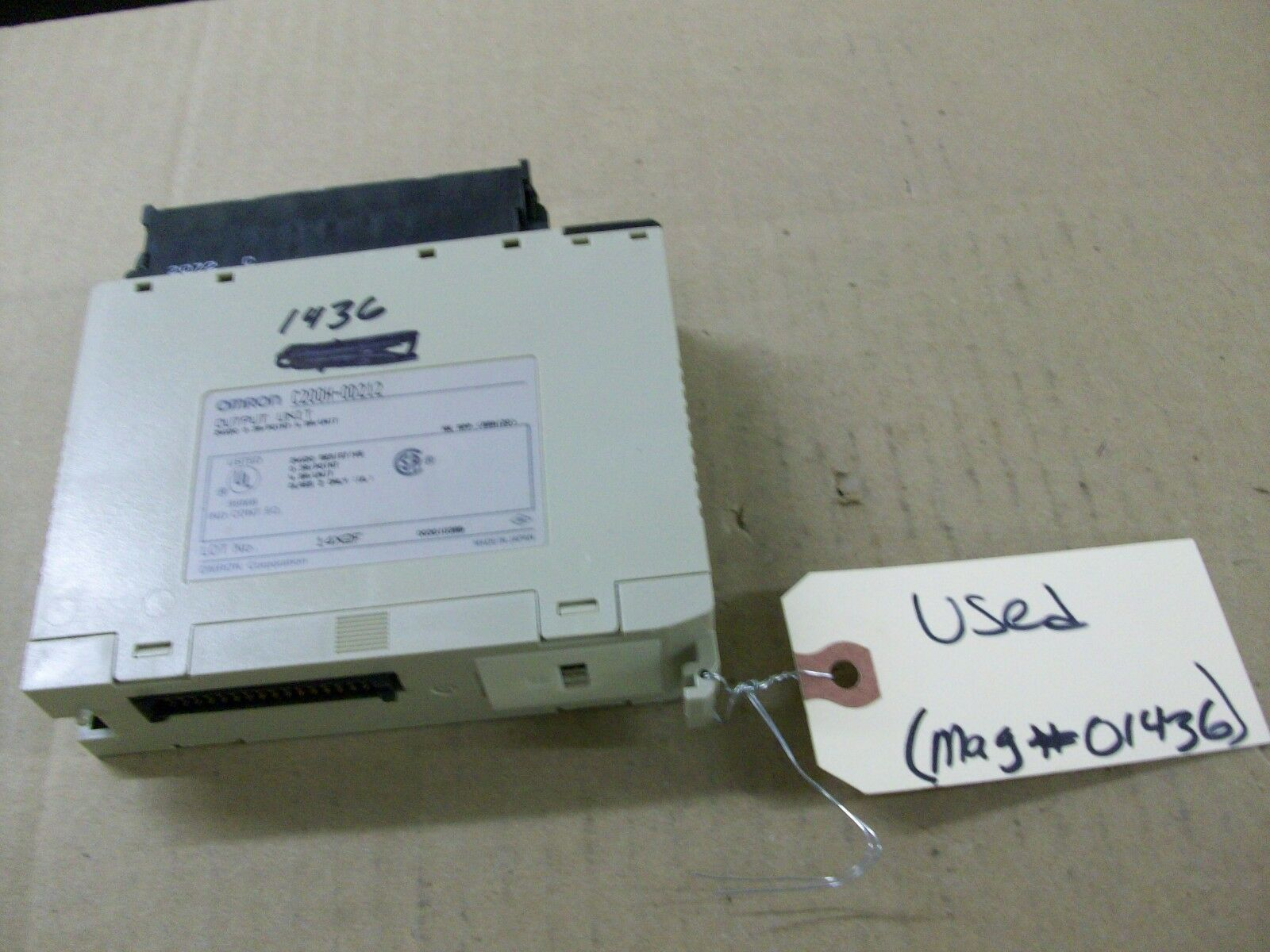 OMRON   C200H-OD212   PROGRAMMABLE CONTROLLER     (16 BIT OUTPUT CARD)