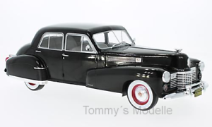 Cadillac-Fleetwood-Serie-60-Sedan-schwarz-1941-1-18-MCG