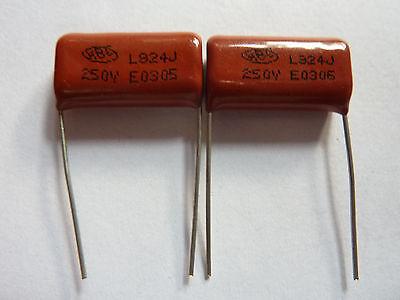 10 Piezas Cbb 824j 630v cbb21 0,82 Uf 820nf P22 metalizada Film Capacitor