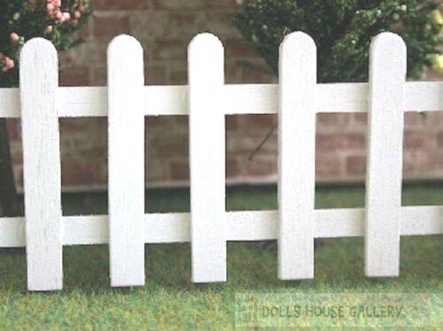 Casa Muñeca Miniatura H-53mm Blanco estaquilla valla jardín Aprox L-350mm