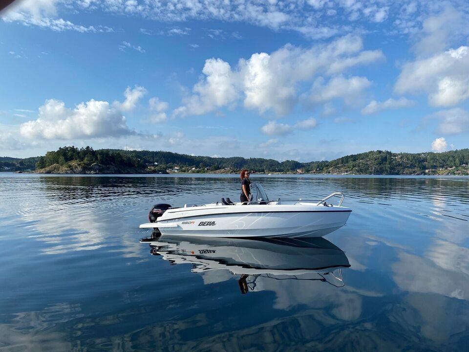 Bella, Motorbåd, årg. 2021