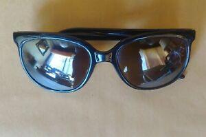 Hot Dog! AUTHENTIC VINTAGE vaurnet années 80 SKILYNX Cat-Eye Sunglasses Pouilloux mouvement