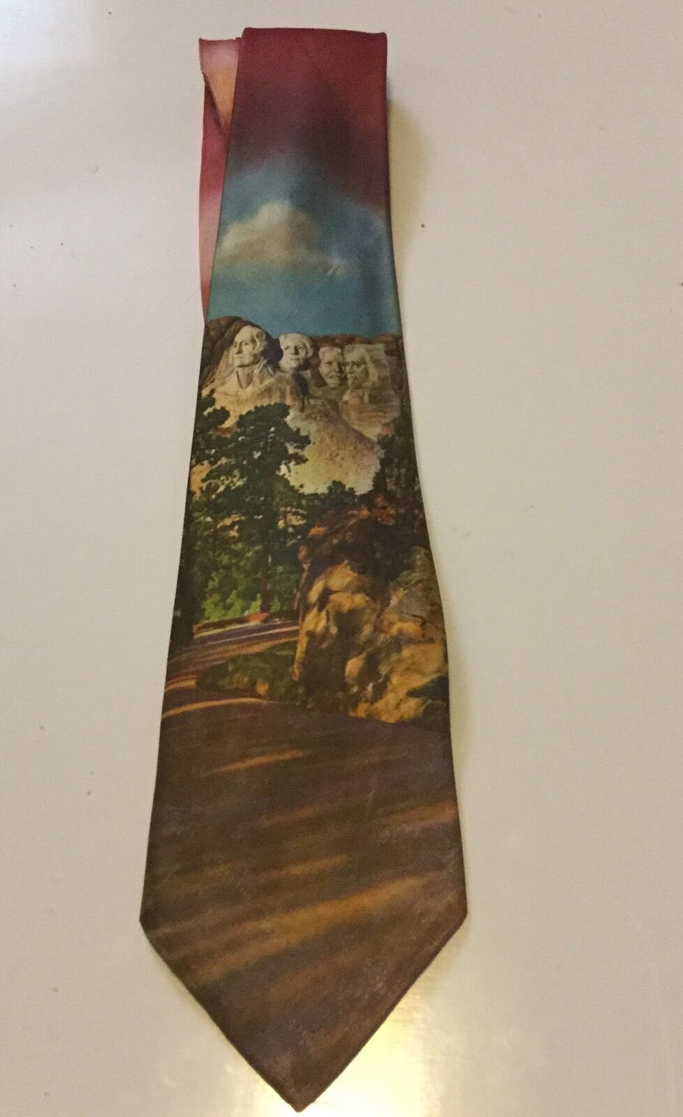 Vintage Pilgrim Color Photo Necktie Tie Mt. Rushmore