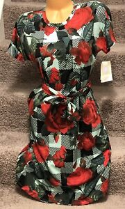 LulaRoe-Marly-Dress-Gorgeous-Red-Roses-Green-Plaid-Print