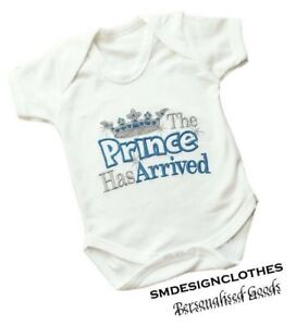 PRINCE-HAS-ARRIVED-PERSONALISED-BABY-VEST-OUTFIT-BODYSUIT-CHRISTMAS-NEWBORN-GIFT