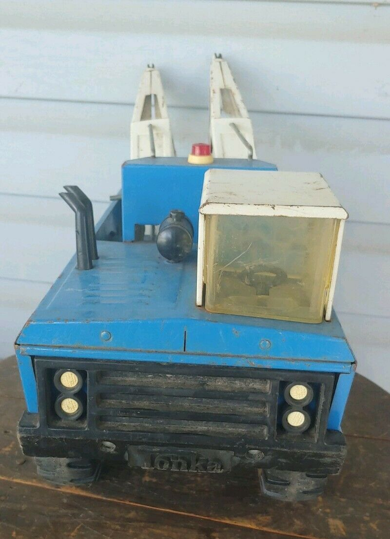 Vintage Mighty Tonka Double Boom Wrecker bluee