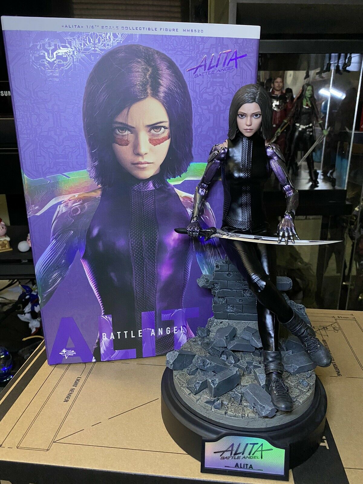 HOT TOYS ALITA BATTLE ANGEL MMS520 1/6 SCALE COLLECTIBLE FIGURE!!! on eBay thumbnail