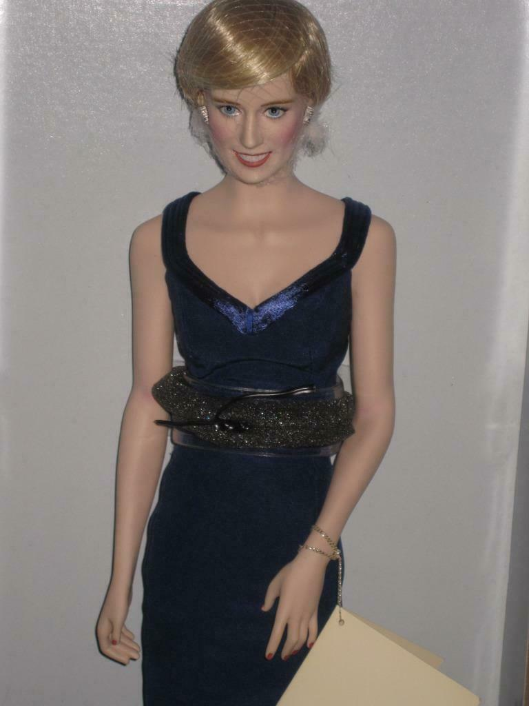 Diana Princess of STYLE Fashion blu Gown 16  Porcelain Doll Franklin Mint NRFB