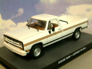 De-Metal-1-43-James-Bond-007-Dodge-Ram-Camioneta-Blanco-Licence-To-Kill-Dy125