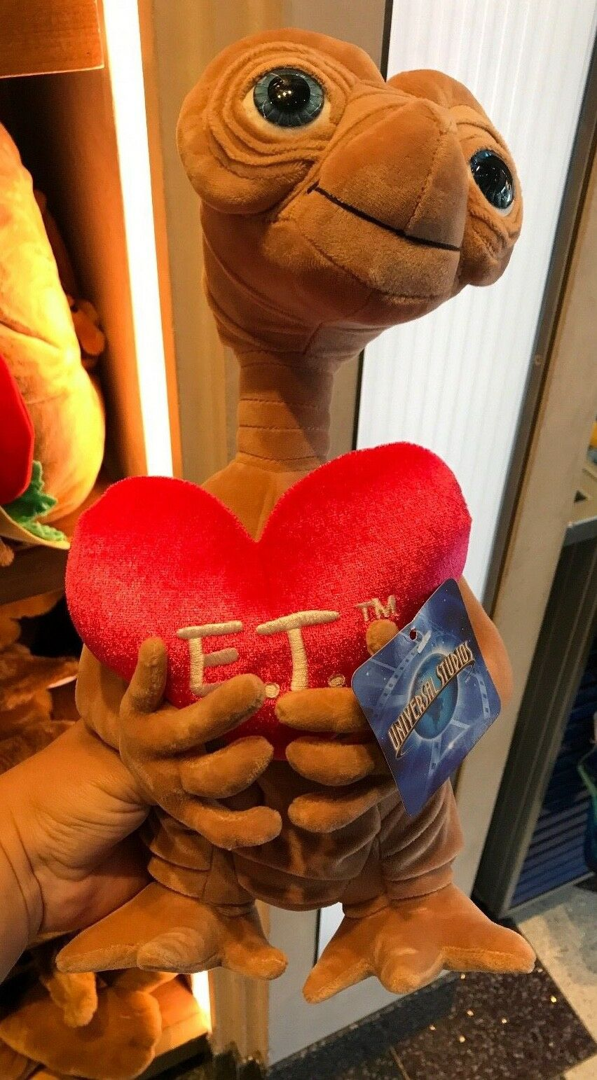 Universal Studios E.T.  Holding Heart Plush Doll New With Tag