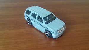 Vehicule-Miniature-Hotwheels-Cadillac-Escalade-TM-GM-En-Bon-Etat