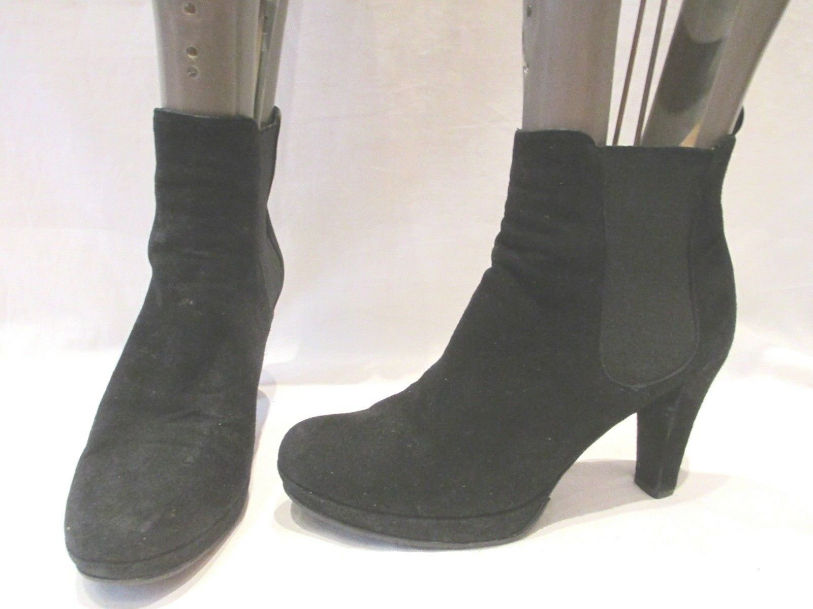BODEN BLACK SUEDE PULL ON HEELED ANKLE BOOTS UK 7.5 EU 41 (1161)