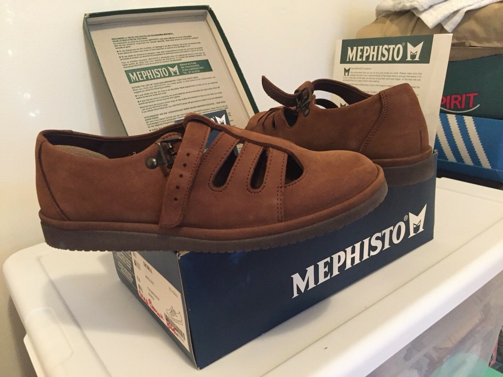 Mephisto Dora Brown Sandals Strappy size 8.5 vtg shoes Leather Suede