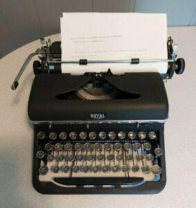 Vntg 1939 Vintage Royal Aristocrat Typewriter with Case, Working, Free Shipping!