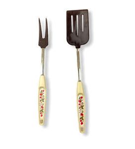 VIntage-13-034-Brown-Nylon-Slotted-Spatula-amp-Fork-Set-Strawberry-Floral-Handle