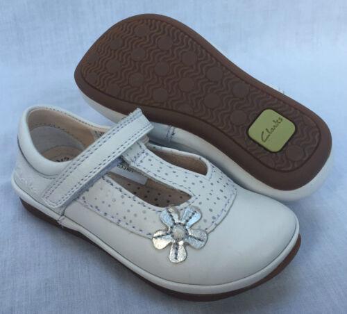 Bnib clarks filles elsa delia cuir blanc t bar first chaussures e f /& g montage