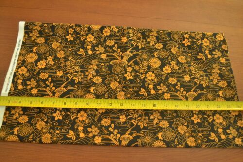 """C2314 44/"""" By-the-Half-Yard Timeless Treasures Gold on Black Quilter/'s Cotton"""