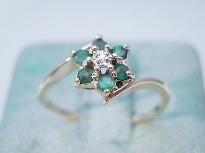 VINTAGE 10K YELLOW GOLD EMERALD DIAMOND CLUSTER ENGAGEMENT RING
